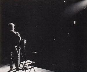 800px-Bob_Dylan_in_November_1963-5